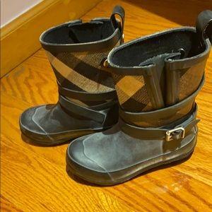 Burberry girls rain boots